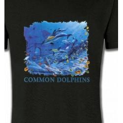 T-Shirts Aquatique Dauphins qui chassent un banc de poisson (K2)
