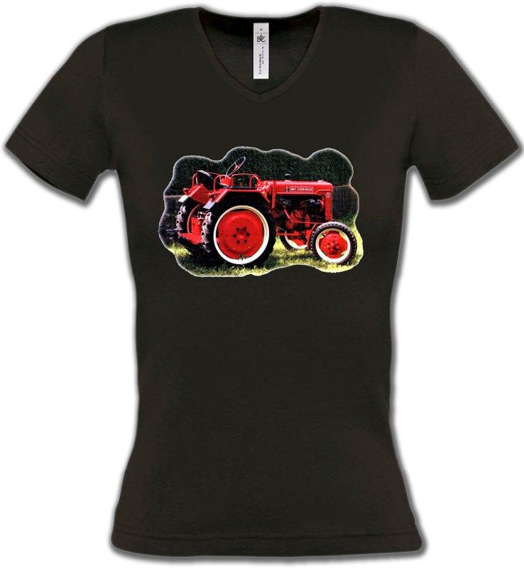T-Shirts Col V FemmesTracteursTracteur Mc. CORMICK (2S)