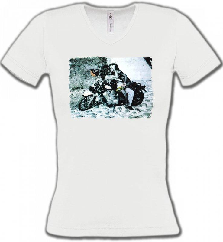 T-Shirts Col V FemmesFleurs/RomantiqueCouple romantique sur moto